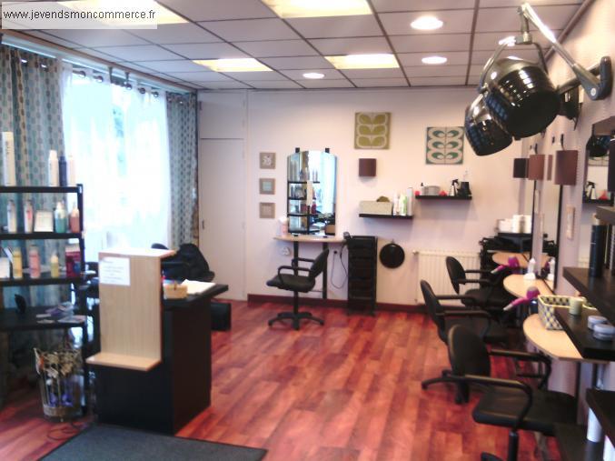 Vente salon de coiffure cause retraite r gion guingamp for Local a louer pour salon de coiffure