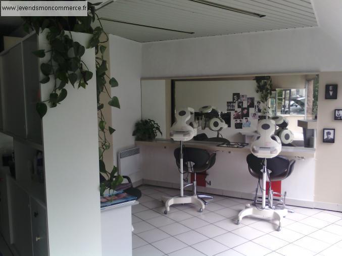Salon de coiffure a vendre en liquidation judiciaire for Local a louer pour salon de coiffure