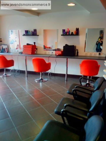 fond de commerce coiffure tarare vendre rh ne 69. Black Bedroom Furniture Sets. Home Design Ideas