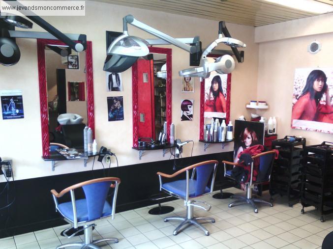 Salon de coiffure paimpol centre ville reprendre paimpol for Local a louer pour salon de coiffure