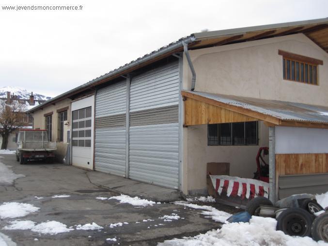 Garage r paration automobiles barcelonnette vendre alpes for Garage automobile salon provence