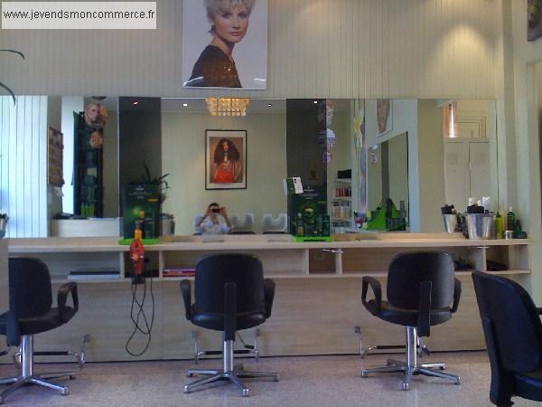 Salon de coiffure mixte neuilly sur marne vendre seine for Local a louer pour salon de coiffure