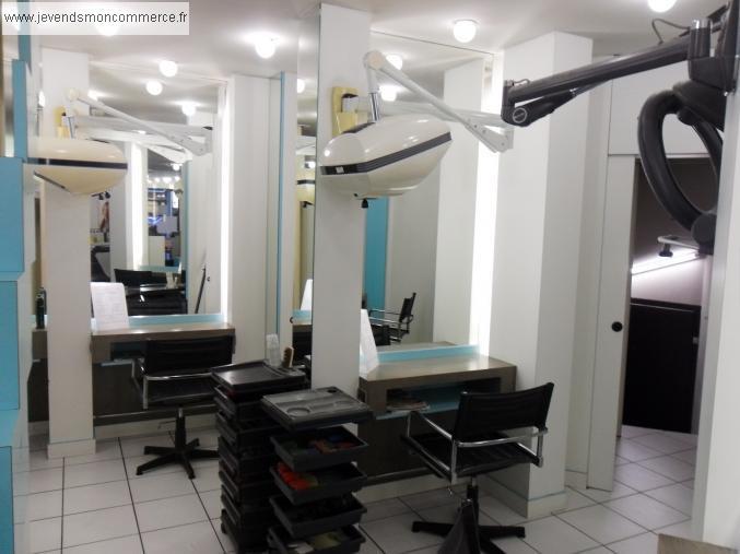 Coiffure mixte onglerie thonon les bains vendre haute for Local a louer pour salon de coiffure